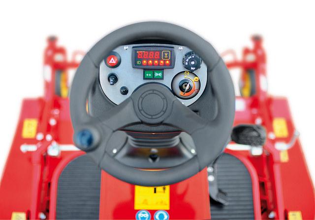 gianni_ferrari driving position