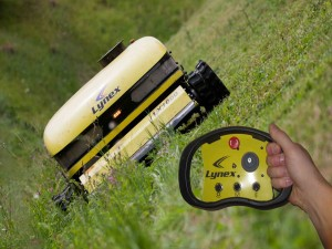lynex_slope-mower-lynex-300x225